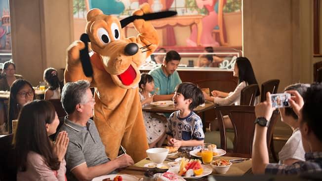 Lumiére\'s Kitchen | Dining | Shanghai Disney Resort